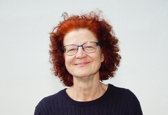 Angelika Knebel