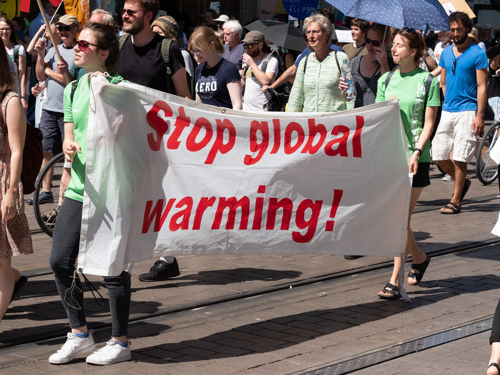 Der neue Berichtsentwurf des Weltklimarates IPCC prognostiziert zunehmende Hitzewellen und den Verlust von Lebensräumen.